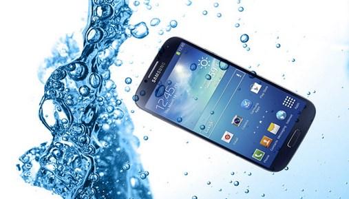 handphone waterproof, handphone waterproof murah, handphone waterproof terbaik, handphone tahan air, handphone tahan air murah, handphone tahan air laut, handphone tahan air terbaik